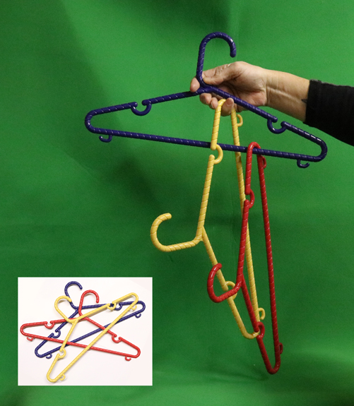 LINKING COAT HANGERS--MULTI-COLOR