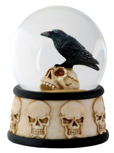 RAVEN ON SKULL WATERGLOBE